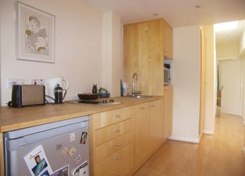 Thumbnail 1 bed flat to rent in Burnell Avenue, Richmond