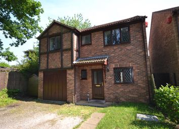 Thumbnail 4 bed detached house for sale in Smallwood Drive, Tadley