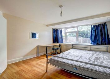 Thumbnail 5 bed terraced house to rent in Oaklea Passage, Kingston Upon Thames