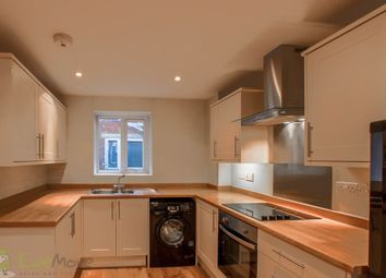 2 bed flat to rent in Gloucester Road, Cheltenham GL51