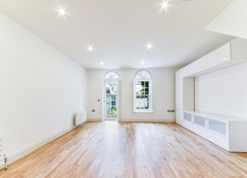 Thumbnail 4 bed town house to rent in Trafalgar Grove, London