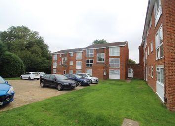 Thumbnail 2 bed flat to rent in Roydon Court, Hemel Hempstead