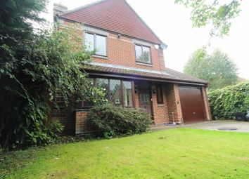 Thumbnail 4 bedroom detached house to rent in Winston Close, Spencers Wood, Reading