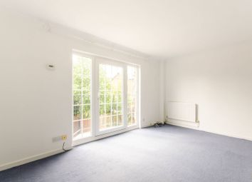 Thumbnail 3 bed property to rent in Hamlet Square, 1Sr, Cricklewood, London