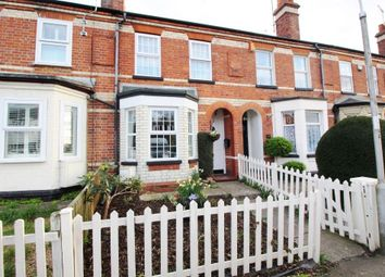 Thumbnail 2 bed property for sale in Armour Hill, Tilehurst, Reading