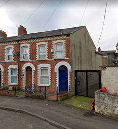 Thumbnail 4 bed terraced house to rent in 1 Palestine Street, Belfast