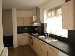 Thumbnail 6 bed shared accommodation to rent in Room 6, 4 Vaughan Avenue, Doncaster, South Yorkshire