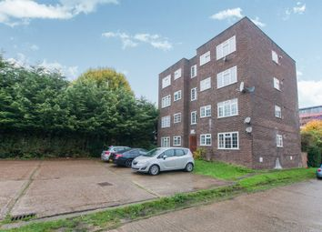 Thumbnail 1 bedroom flat for sale in Arborfield Close, Slough
