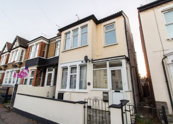 Thumbnail 1 bed flat for sale in Shakespeare Drive, Westcliff-On-Sea
