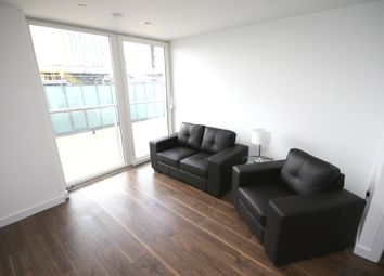 Thumbnail 1 bed flat to rent in Numberone, Media City UK, Salford Quays