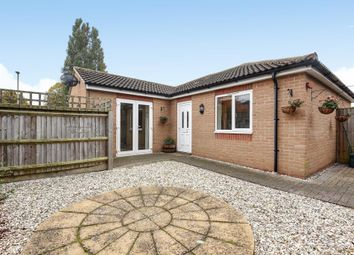 Thumbnail 1 bed bungalow to rent in Pickett Avenue, Headington