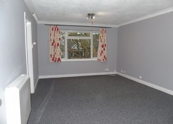 Thumbnail 2 bedroom flat to rent in Malzeard Road, Luton