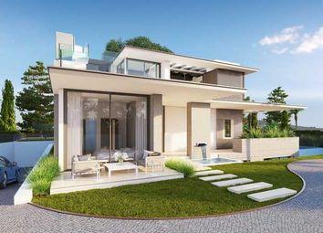 Thumbnail 5 bed villa for sale in Altos De Puente Romano, Marbella Golden Mile, Costa Del Sol