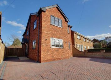 Thumbnail 3 bed detached house to rent in Mount Road, Wickford