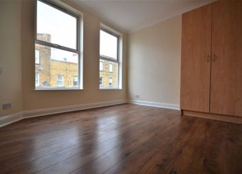 3 bed maisonette to rent in Roman Road, Bow E3