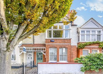 4 bed property to rent in Whitehall Road, London W7