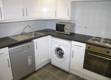 1 bed flat to rent in Flat 1, 18 St Johns Terrace, University LS3