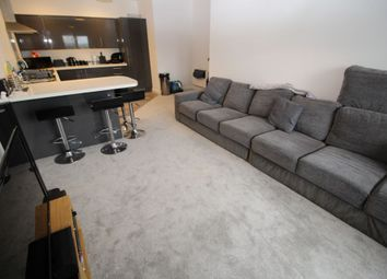 Thumbnail 2 bed flat to rent in Curzon Rd, Waterlooville
