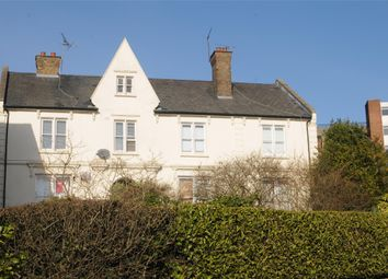 Thumbnail 2 bed flat to rent in Crown Street, Brentwood