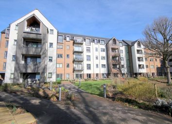 2 bed flat for sale in The Boulevard, Horsham RH12