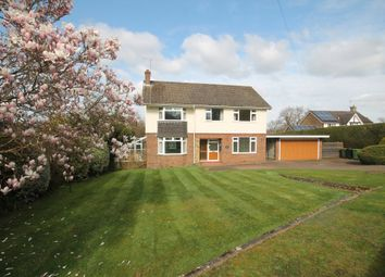 4 bed detached house to rent in Keswick Road, Fetcham, Leatherhead KT22