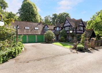 Thumbnail 6 bed detached house to rent in St. Leonards Hill, Windsor