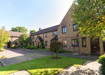 Thumbnail 2 bed flat to rent in Rose Court, Hillsborough Road, Oxford