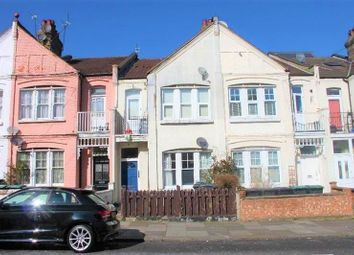 Thumbnail 1 bed flat to rent in Lascotts Road, London
