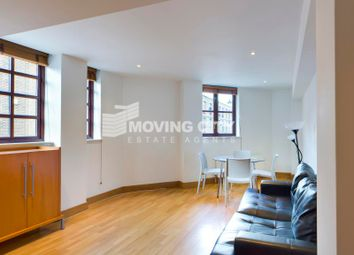 Thumbnail 3 bed flat to rent in Kingsley Mews, Wapping