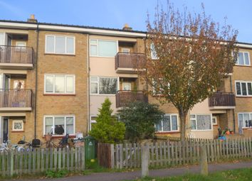 Thumbnail 1 bedroom flat to rent in Brackley Close, Cambridge