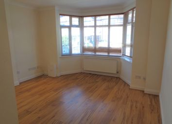 Thumbnail 2 bedroom flat to rent in Hale Grove Gardens, Mill Hill
