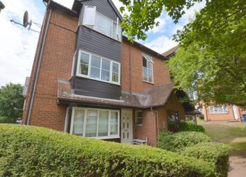 Thumbnail Studio to rent in Snowdon Drive, Colindale, London