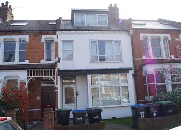 Thumbnail 2 bed flat to rent in Hardwicke Road, Bounds Green