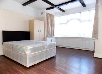 Thumbnail 5 bed detached house to rent in Northwick Avenue, Kenton, Harrow
