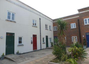 Thumbnail 2 bed flat to rent in Wedgewood Street, Aylesbury
