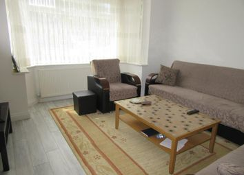 Thumbnail 3 bed property to rent in Bullsmoor Lane, Enfield