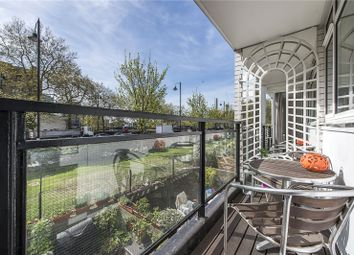 Thumbnail 1 bedroom flat for sale in Hungerford House, Churchill Gardens, London