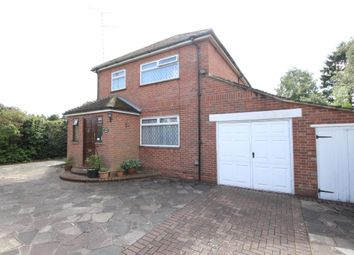 Thumbnail 3 bed detached house for sale in Farnham Road, Fleet
