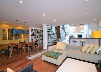 Thumbnail 3 bedroom property to rent in Canonbury Road, Islington