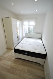 Thumbnail Room to rent in Cavendish Road, London