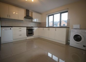 Thumbnail 3 bed terraced house to rent in London Road, High Wycombe