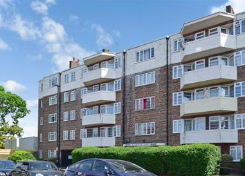 Thumbnail 3 bed flat for sale in London Road, Thornton Heath, Surrey