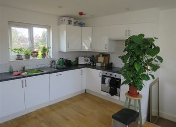 Thumbnail 1 bed flat to rent in Valentia Road, Headington, Oxford