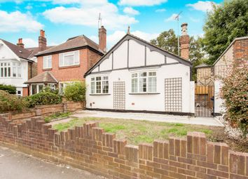 Thumbnail 4 bed bungalow to rent in Loveday Road, London