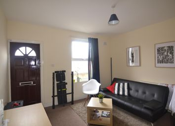 Thumbnail 3 bedroom flat to rent in Maryland Road, London