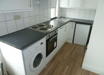 Thumbnail 1 bed flat to rent in Huntingtower Rd, Sheffield