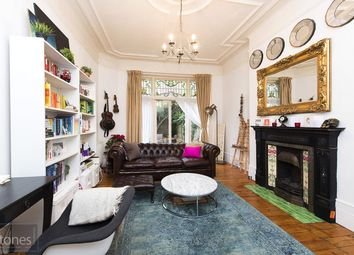 Thumbnail 1 bed flat to rent in Howitt Road, Belsize Park, London