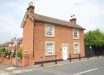 Thumbnail 4 bed detached house to rent in High Road, Orsett, Grays