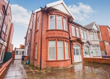 2 bed flat to rent in Northumberland Avenue, Blackpool FY2
