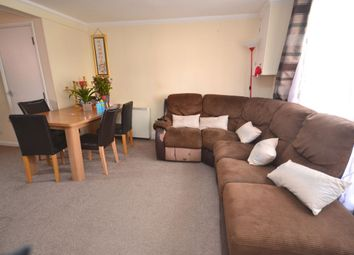 Thumbnail 2 bedroom flat to rent in Wellingborough Road, Northampton